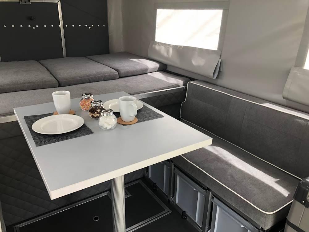 Camp-Crown Overlander 220 Wohnkabine Innenansicht