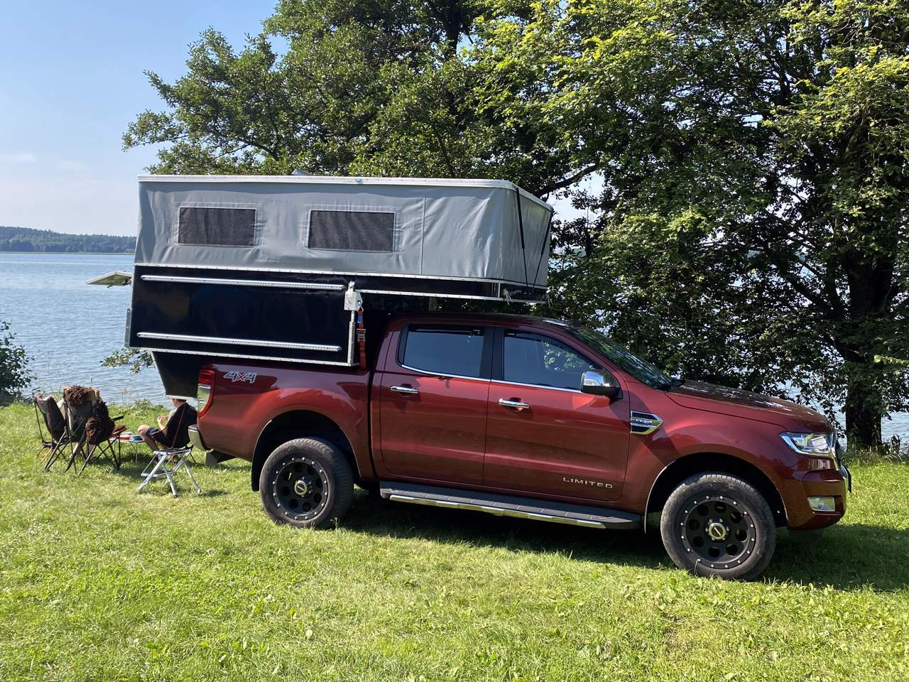 Camp Crown Wohnkabine Overlander 220 Modell 2021 auf Ford Ranger Limited